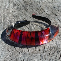 Rusty red pink pointed bangle