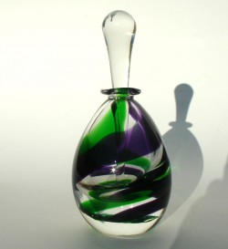 Moss ruby swirl bottle