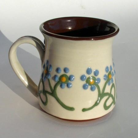 Blue flowered half-pint mug