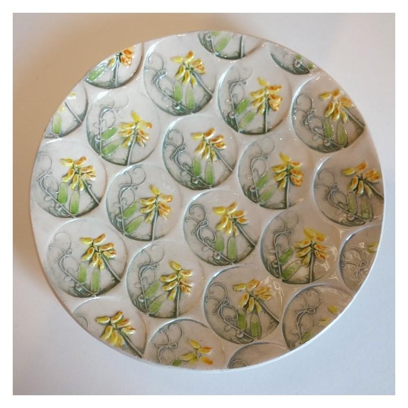 Small Yellow Vetch Dish