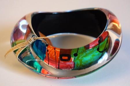 Rainbow large wavy bangle