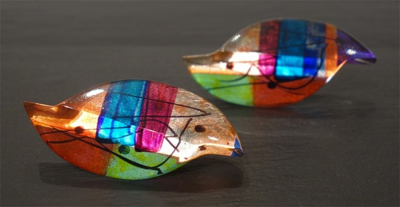 Rainbow offset clips